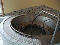 Whirlpool mit Überlaufrinne Rund