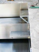 Treppe integriert in der Rollladenabdeckung